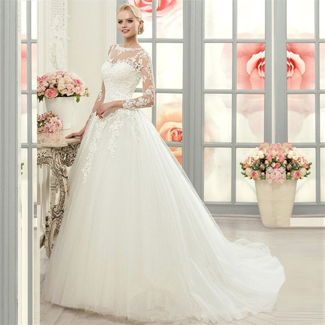 Vintage Long Sleeve Lace Ball Gown Wedding Dress Tulle Vestido De