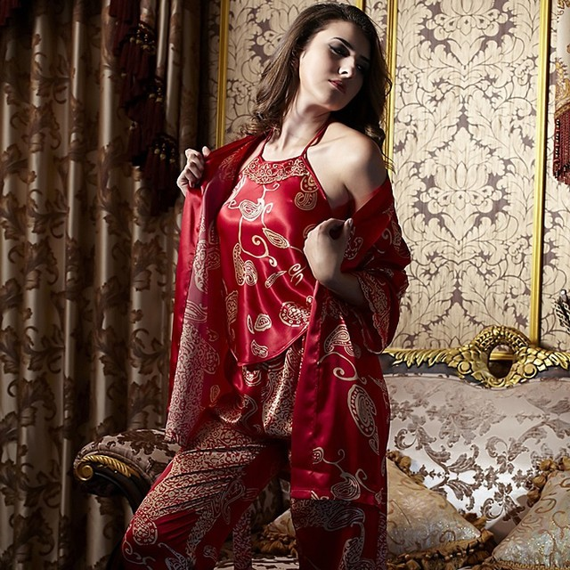 XIFENNI Brand Women Satin Silk Pajamas Fashion Printed Red Four-Piece  Pyjama Sets High Quality 115948d1f