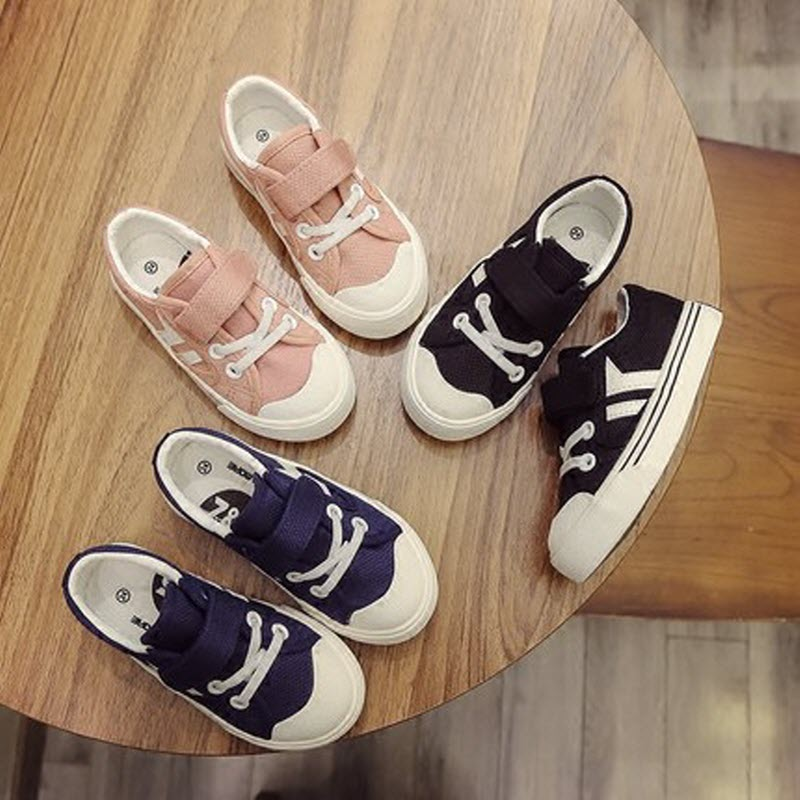 2017 Free shipping Children shoes boys girls white shoes solid light canvas kids sneakers Toddler school sports Running shoes