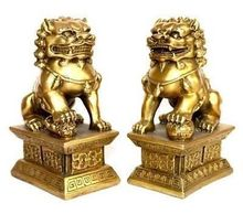 pair of tibet brass Native copper statue foo dogs/Lions Tibet Buddhist Bronze art Decoration 100% real Tibetan Silver Brass
