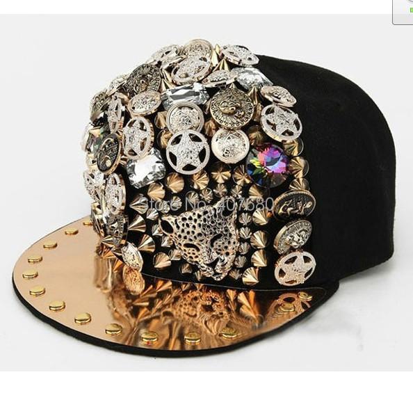 2016 Novo estilo de personalidade unseix homens/women's moda casual Bonés de Beisebol Boné de hiphop do punk rebite de Strass decorar coreano ajustar