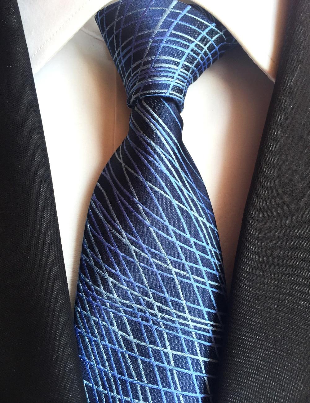 Lingyao NOUVELLE 8 cm De Luxe Formelle Cravates Top Élégant Cravate Bleu  Foncé avec Personnalité Rayures (fait de 2400 Points Shinny Fil) 0cd41929b99