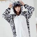 2016 Franela Adultos cosplay Pijamas Homewear traje de Las Mujeres de Cebra Animal Trajes Cosplay Divertido Lindo de la Historieta Animal Pijamas
