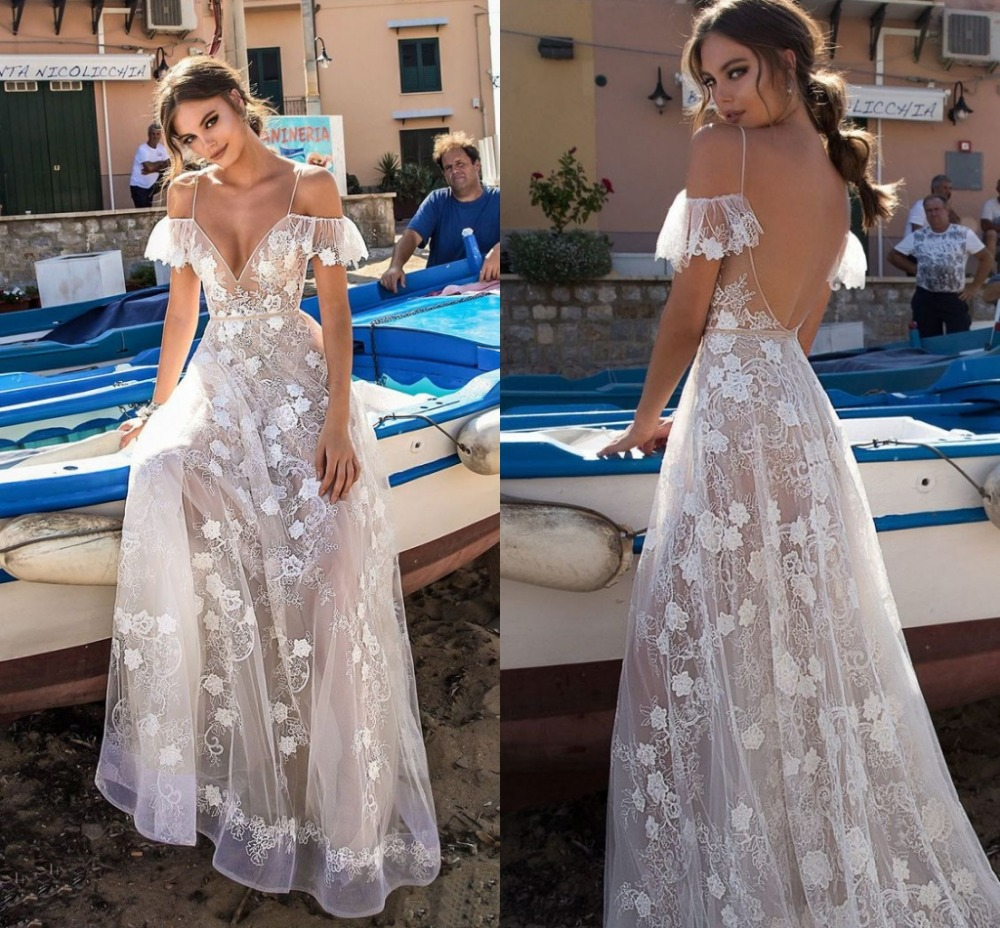Vestido De Noiva New Straps Boho Lace Wedding Dress 2020 Sexy V-neck  Backless Beach Bride Dress Wedding Gown Cheap In Stock
