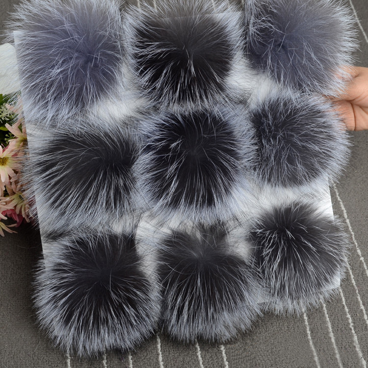 5pcs/ lot DIY 13cm Silver fox fur 15-16cm Raccoon Fur pompoms for knitted hat cap   beanies   and keychain and scarves real fur ball