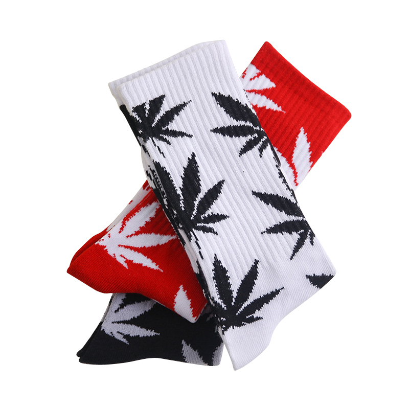 Cotton Man Socks Popular Maple Leaves Pattern Men In Tube Socks Comfortable Sweat Absorb Male Socks Couple 1pairs/Lot