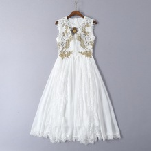2019 Ssummer beading white lace dress Chic elegant applique embroidered dress women's party dress A431