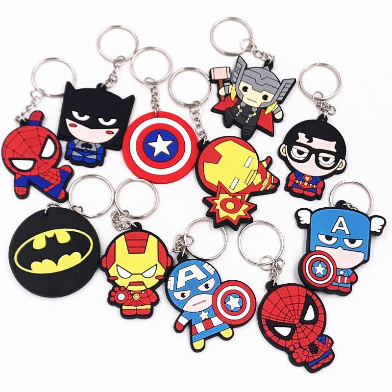 1 Pcs Anime The Avengers Hero Spiderman Iron Man PVC sleutelhanger Sleutelhangers Kids Rugzak Accessoires sleutelhangers Jongens party Gift