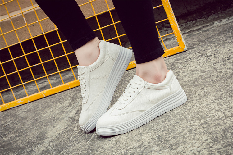 17 Women White Shoes Autumn Winter Soft Comfortable Casual Shoes Flats Platform Sneakers Real Leather Shoes Sapato Feminino 30