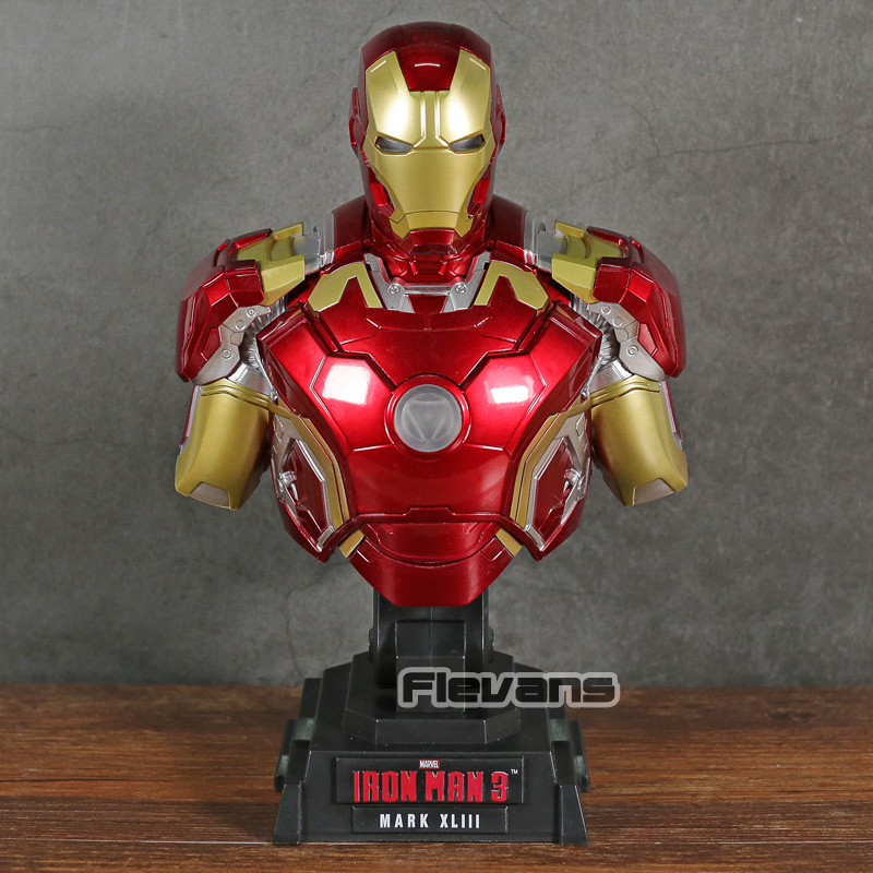 Iron Man 3 MARK XLIII MK 43 1/4 Bilancia Del Busto con la Luce del LED PVC Figure Da Collezione Model ToyIron Man 3 MARK XLIII MK 43 1/4 Bilancia Del Busto con la Luce del LED PVC Figure Da Collezione Model Toy