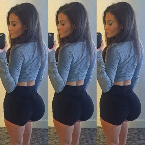 Hot girls in tight pants pics