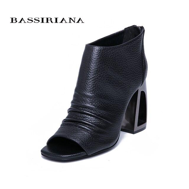 BASSIRIANA/Новинка 2019 г. Модные Босоножки на каблуке, женские кожаные летние черные босоножки с ремешком сзади, Размеры 35-40