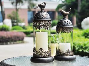 Image 2 - 1 pçs birdcage ferro castiçal suporte de vela de vidro lanterna europa marroquino oco castiçal suporte casa decoração do casamento