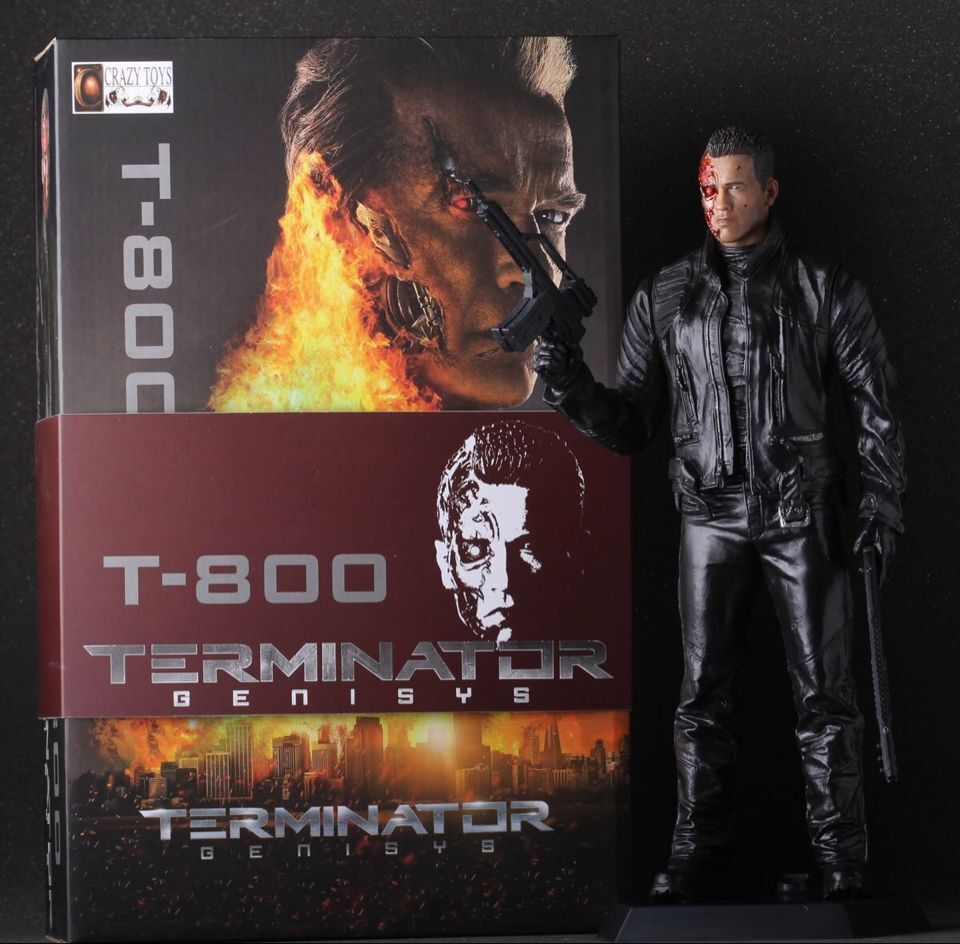 Crazy Toys the Terminator Double Guns Battle Damaged Ver. T-800 PVC Action Figure Collectible Model Toys Doll 12