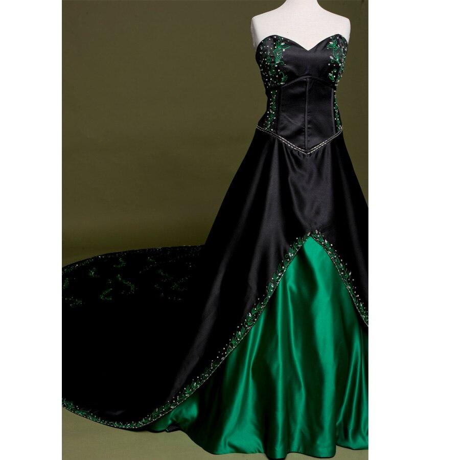 Heißer Verkauf Stickerei Vintage Gothic Hochzeitskleid Real Photo