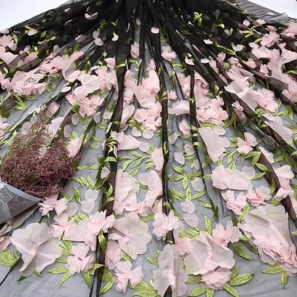 Africain Tulle Dentelle tissu pour robe de soirée, 2018 Nouvelle arrivée 3 d fleur Applique Africain filet à mailles dentelle tissu en gros et au détail dans Dentelle de Maison & Jardin