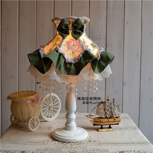 Table lamps European Style Lace Wedding Garden Lamp cloth exquisite romantic Korean Green Floral Princess bedside lamp bedroom bedside lamp european style garden lace wedding celebration cloth decoration gift new red lamp