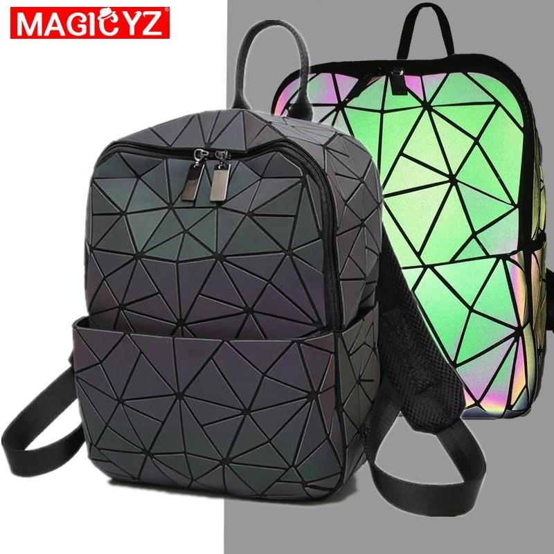 MAGICYZ geometri ctriangle Holograma Sacos Luminosas feminino mochila saco um dos 2019 mulheres mochila Mochilas Bagpack holográfica
