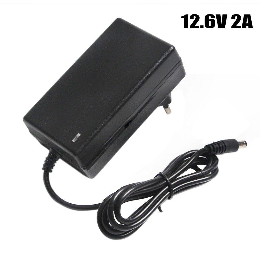 12,6 v 2A Batterie Ladegerät DC 5,5*2,1 & 2,5mm EU/US/UK Stecker 110- 220 v 3*18650 Lithium-Ladegerät Power Adapter Für 12 v Lithium-Batterie