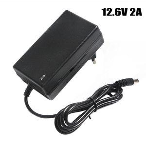 Image 1 - 12,6 v 2A Batterie Ladegerät DC 5,5*2,1 & 2,5mm EU/US/UK Stecker 110  220 v 3*18650 Lithium Ladegerät Power Adapter Für 12 v Lithium Batterie