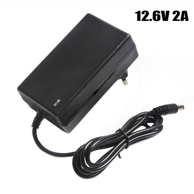 12,6 v 2A Batterie Ladegerät DC 5,5*2,1 & 2,5mm EU/US/UK Stecker 110  220 v 3*18650 Lithium Ladegerät Power Adapter Für 12 v Lithium Batterie