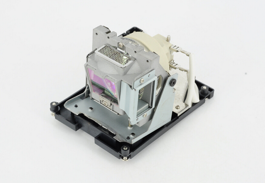 Free shipping ! Replacement Projector Lamp with housing 5811118436-SVV for the Vivitek D966HD / D967-WT / D968U Projectors awo compatibel projector lamp vt75lp with housing for nec projectors lt280 lt380 vt470 vt670 vt676 lt375 vt675