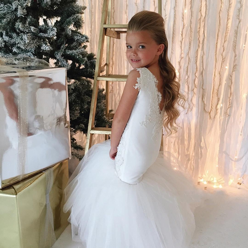 country-wedding-white-mermaid-flower-girls-dresses-tulle-ball-gown-train-lace-applique-beads-little-girls-pageant-dress-holy-communion-dress (3)_