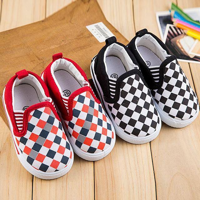 2017 nova casual sapatos de bebê, sapatas de lona do bebê bebés primeira walker sapatos de bebê meninas da criança dos desenhos animados terno para 0-32 m mutli-cor