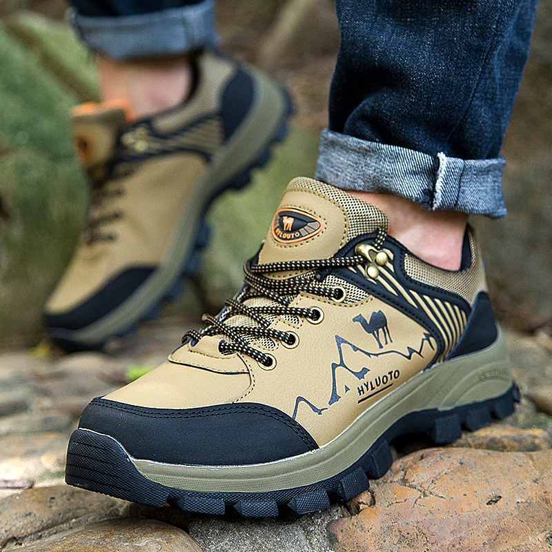 Outdoor men hiking shoes rock climbing factory direct shoes