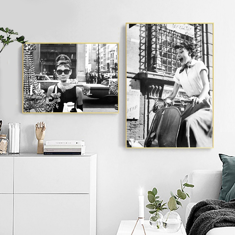 British Goddess Actress Wall Art Print Canvas Fashion Posters Black White Photograph Canvas Painting Pictures Modern Room Decor image