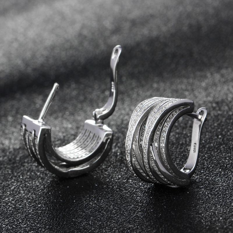 Round Earrings 03