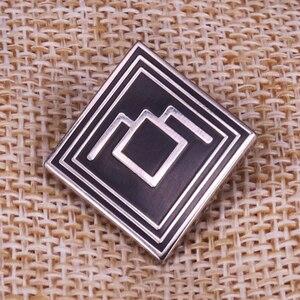Image 1 - Twin Peaks Uil Harde Emaille Pin Voor David Lynch Fans Fire Lopen Met Me Badge Broche
