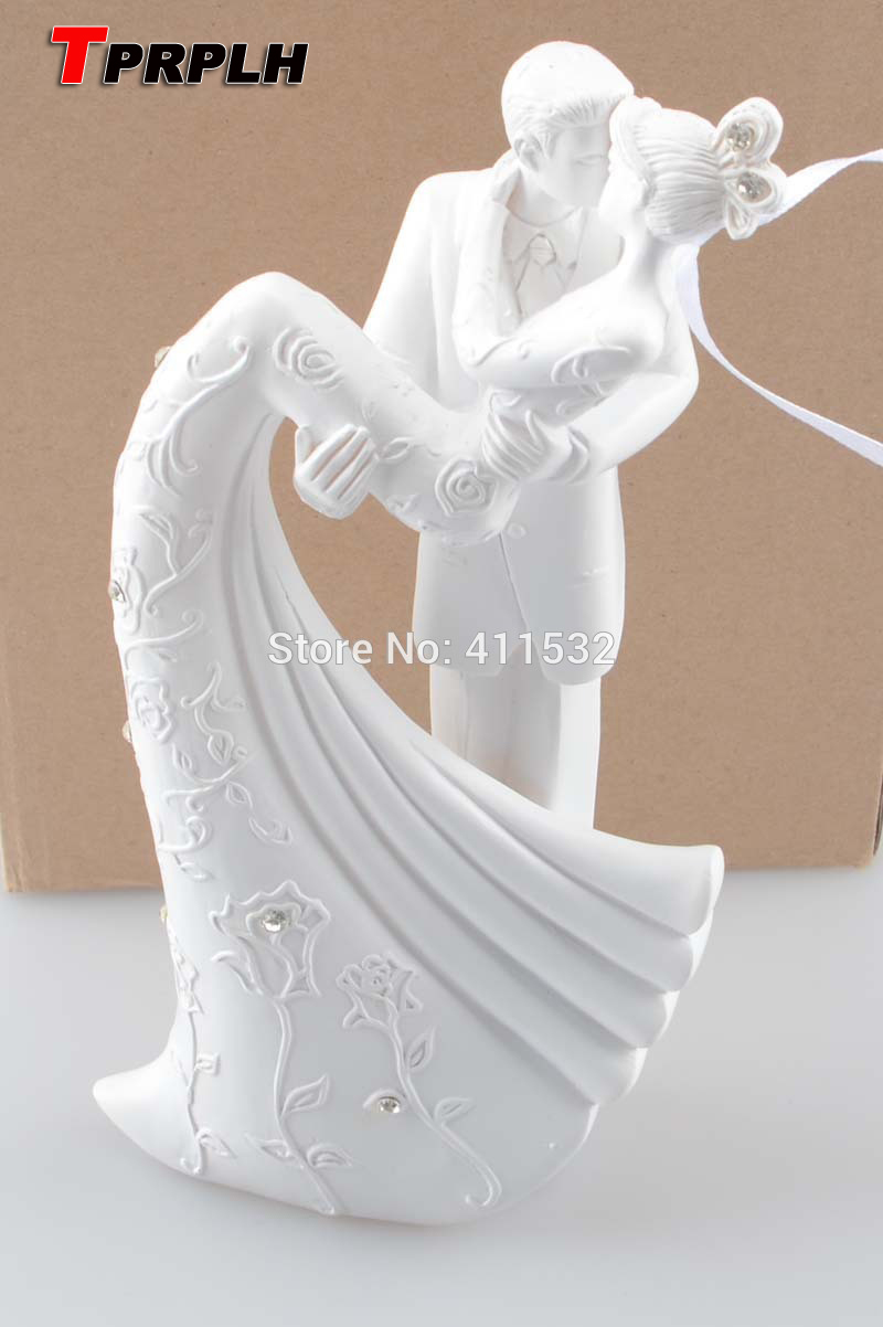 Bride and groom resin white wedding cake topper cake stand for Aana decoration wedding accessories