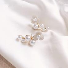 Pearl earrings 2019 popular petals earrings. Lady fashion geometric metal latest unique wholesale