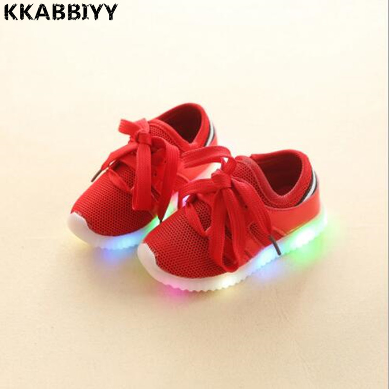 2018 New childrens breathable tennis shoes boys and girls soft floor sports shoes lighting shoes.size 21-30