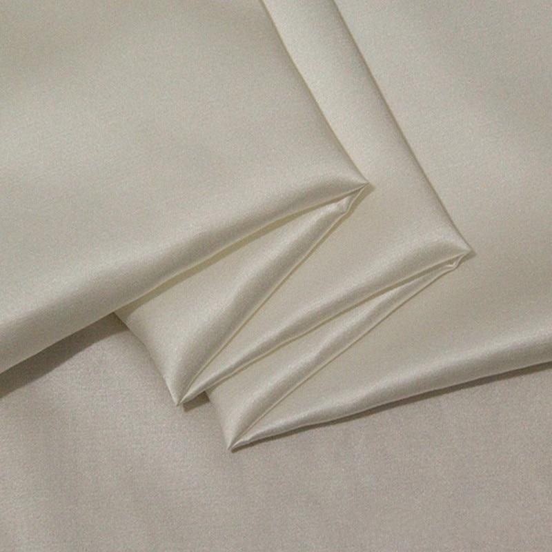 22 mm hedvábné saténové tkaniny 100% morušové hedvábí formální šaty 114 cm a 140 cm šířka přírodní off bílá barva 10 m malý velkoobchod