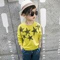 Branco amarelo impresso algodão t-shirt do miúdo para meninos tees encabeça roupas crianças manga comprida t-shirt o pescoço meninos primavera verão 2017
