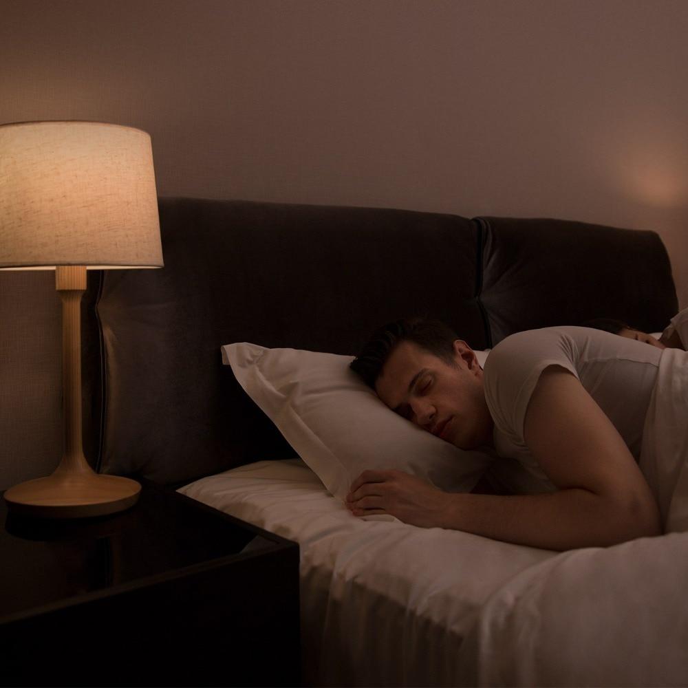 Śpisz przy zapalonym świetle? Będziesz mógł dobrać idealnie niską jasność i kolor który nie będzie zakłócał twojego snu.