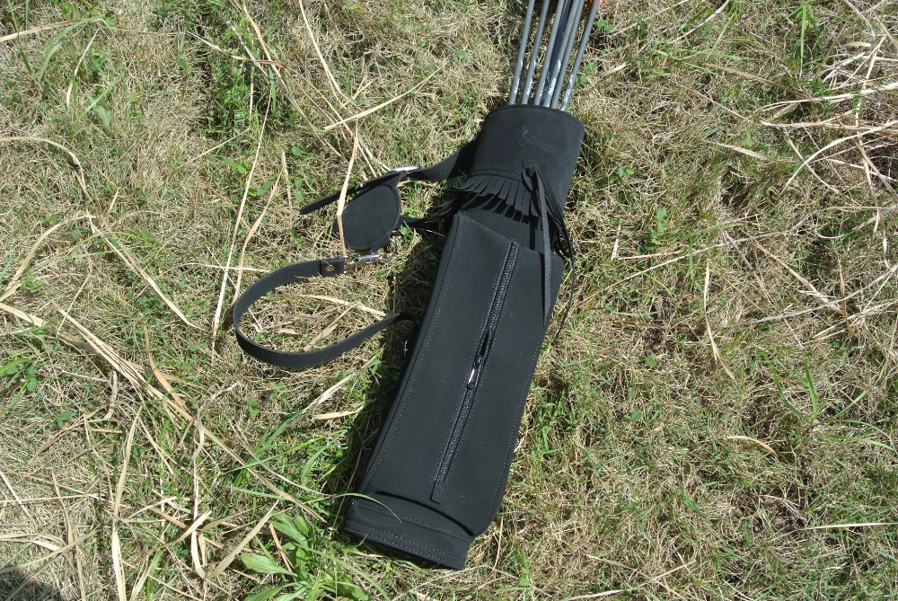 Outdoor Hunting Back Arrow Quiver Archery Bow Arrow Holder Belt Bag Arrows Bow Quiver Single Shoulder