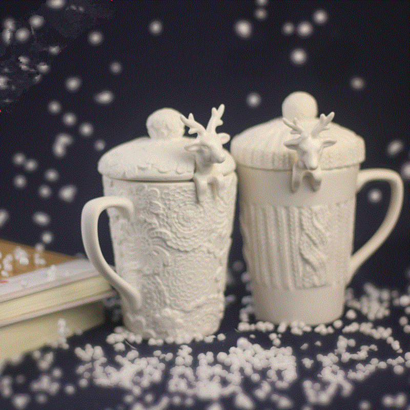 Novelty Lace Relief Coffee Mugs with 3D Christmas Deer Spoon and Lid Ceramic Cup for Water Tea Coffee Milk Creative Gifts