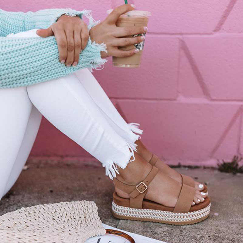 Kadın Ayakkabı platform sandaletler Hasır Kalın Alt Bayanlar Sandalet Peep Toe plaj sandaletleri Düz Kemer Tokası Yaz Ayakkabı Kadın