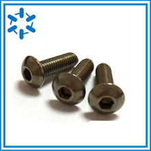 Vis à tête cylindrique en titane 50pcs pur, Ti GR2 ISO7380 M3 * 3/4/5/6/8/10/12/14/15/16/18/20/22/23/24/25/26/27/35/40/44/45/50