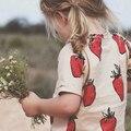 2016 Verano Niños Camiseta de Las Muchachas Lindo Strawberry Impreso Tops Ropa de Bebé