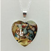 HT–00260 New Alice in Wonderland Heart Necklace Alice Heart Pendant Jewelry Murano Glass Heart Necklace
