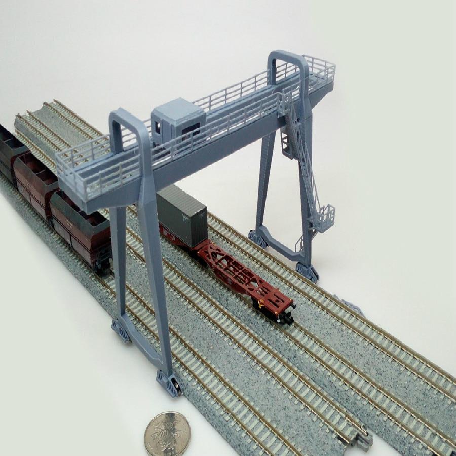 N Ratio 1/150 160 Train Railway Sand Table Scene Model Gantry Crane Cargo Terminal