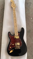 Wholesale New Left Handed STR Model electric guitar gold hardware top quality In black 180418