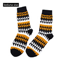 1Pair In Tube Fashion Men Striped Cotton Socks Art Jacquard Happy Socks Hit Color Creative Dot Novelty Socks chaussette homme