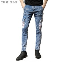 цены 2019 New Fashion Man Denim Cargo Pants Snow Pattern Men Pockets Jeans Slim Streetwear Male Casual Cool Personal Quality Trousers