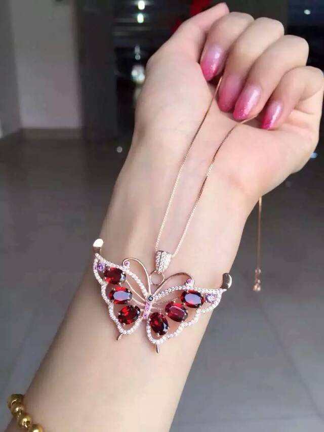 natural red garnet pendant 925 Sterling silver Natural gemstone Pendant Necklace trendy Cute lovely Butterfly fly