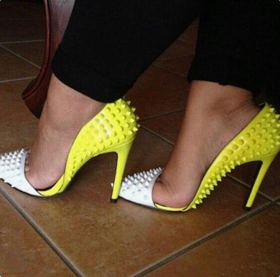 Mujeres Plus Tachonado As De Tacón Mujer Sexy Alto Zapatos Las Tamaño Punta Picture Remache Tacones Amarillo Corte patchwork Bombas Blanco nqwYaUwP
